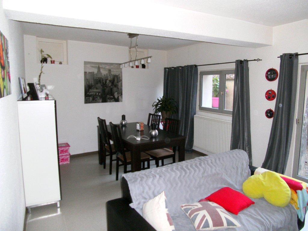 Annonce vente appartement vienne 38200 82 m 130 000 for Appartement atypique vienne 38200